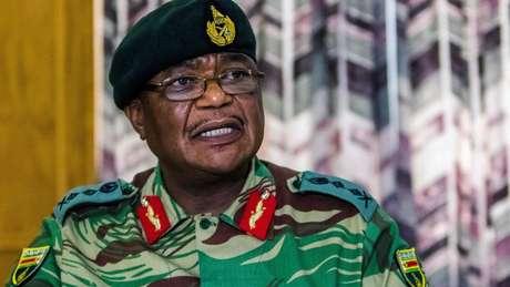 Constantino Chiwenga, comandante do Exército