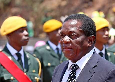 Emmerson Mnangagwa, vice-presidente destituído na semana passada