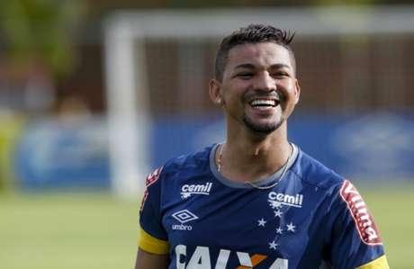 Avaí é prejudicado pela arbitragem e empata com Cruzeiro