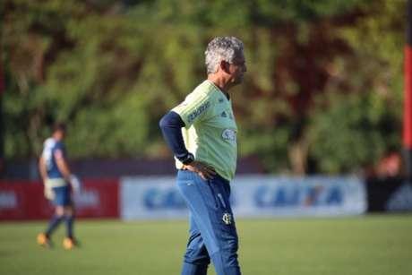 Rueda quer um Flamengo mais atento