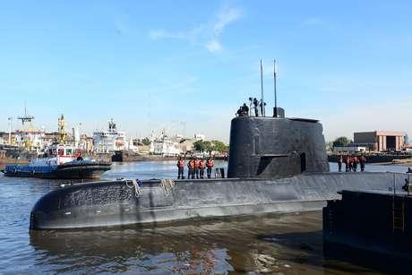 Marinha da Argentina afirma que não há nenhum contato com o submarino