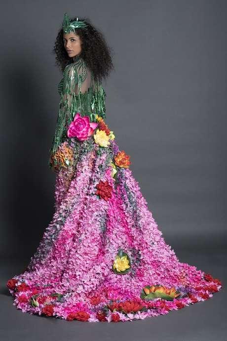 Miss Brasil Monalysa Alcântara com traje típico (Fotos: BE Emotion/Divulgação)