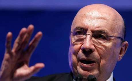 Banco Mundial sugere acabar com gratuidade do ensino superior no Brasil