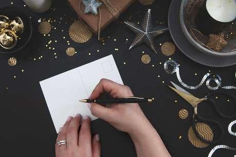 A troca de postais é uma forma de confraternização natalina bastante usada no mundo.