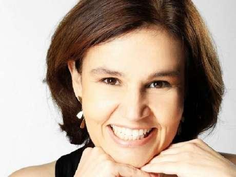 Claudia Rodrigues está internada desde a última quinta-feira, 16 de novembro de 2017, após sofrer surto de esclerose múltipla. 'Não tem previsão de alta', afirmou sua empresária ao Purepeople