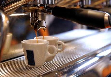 Xícaras de café em cafeteria de Milão 19/09/2017 REUTERS/Stefano Rellandini