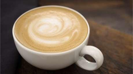 Três cafés por dia nem sabe o bem que lhe faziam
