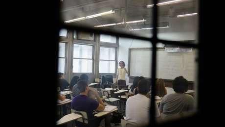 Dados do IBGE mostram que, em 2015, 61% dos graduandos da rede pública estavam entre os 40% de brasileiros de maior renda | Foto: Tânia Rêgo/Agência Brasil
