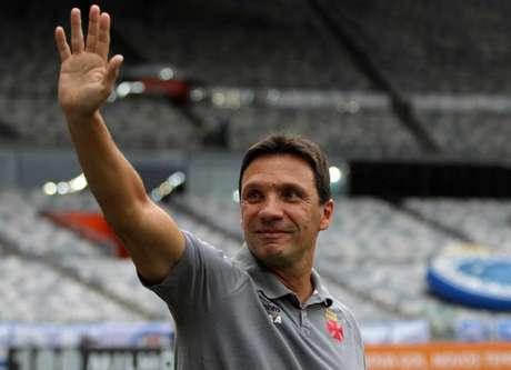 Vasco derrota o Cruzeiro e entra no G-7 do Brasileiro