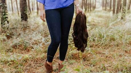 Ela também quer ser fotografada sem a peruca no dia de seu casamento | Foto: Frost Collective/Facebook