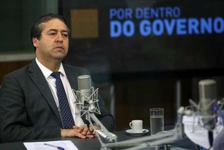 Brasília - O ministro do Trabalho, Ronaldo Nogueira, concede entrevista ao programa Por Dentro do Governo, da TV NBR