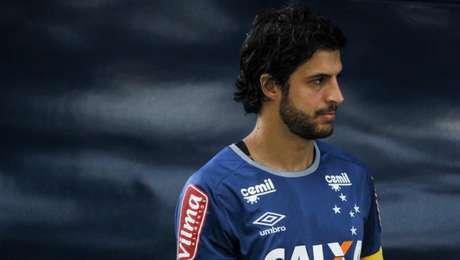 Volante está emprestado ao Cruzeiro até o fim de dezembro (Foto: Washington Alves/Light Press)