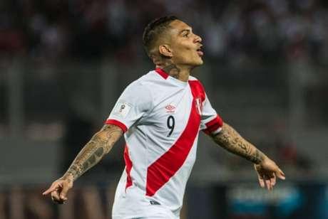 Guerrero segue suspenso pela Fifa