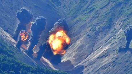 Governo norte-coreano disse que EUA está 'pedindo uma guerra' ao realizar manobra militar com a Coreia do Sul