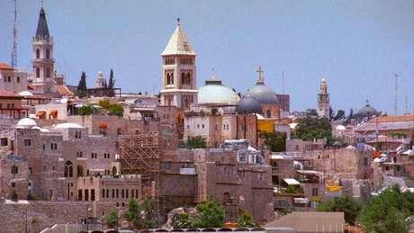 Decisão de Trump de reconhecer Jerusalém como capital de Israel causou reações de países aliados do EUA e até do papa Francisco