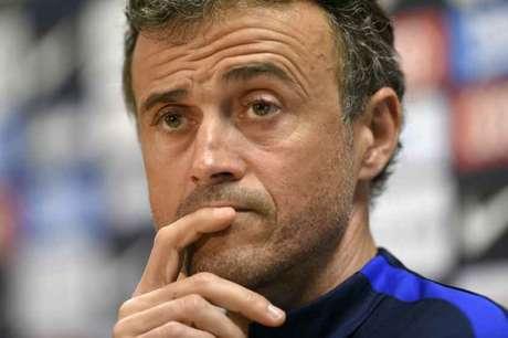Luis Enrique seria a prioridade: técnico já comandou Daniel Alves e Neymar no Barça (Foto: Lluis Gene / AFP)