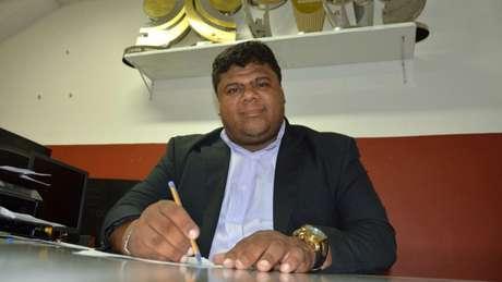 Recém-eleito, Edney Costa foi afastado da Tiva após acusação de fazer parte de esquema de tráfico (Divulgação)