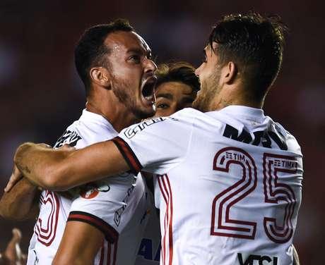 Réver abriu o placar para o Flamengo