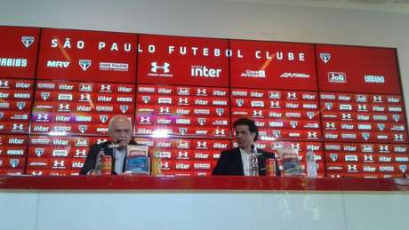 O presidente Leco apresentou Raí como novo diretor executivo de futebol do São Paulo (Yago Rudá)