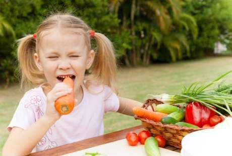 Las fibras naturales hace que al masticar se produzca abundante saliva