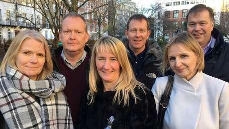 Sandy Sterne, Peter Allen, Hayley Allen, Frank Allen, Annie Allen e Dermot Sterne. Foto: James Gallagher