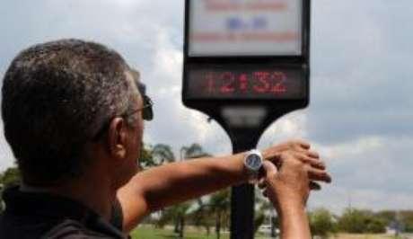 No horário de verão, relógios são adiantados em uma hora