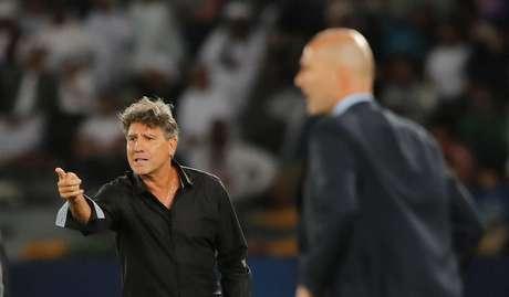 Renato Portaluppi e Zidane durante o Mundial de Clubes