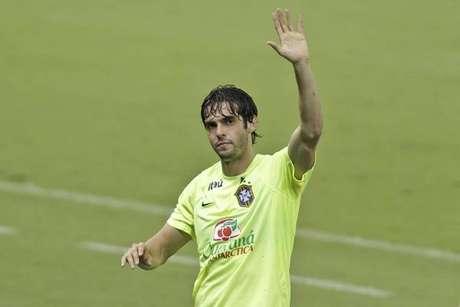 Aos 35 anos, Kaká anuncia aposentadoria como jogador