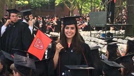 Tabata escolheu estudar em Harvard após ser aprovada em cinco grandes universidades americanas | Foto: arquivo pessoal