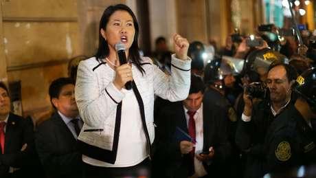 A congressista Keiko Fujimori, derrotada por PPK na última eleição, lidera a oposição no pedido de afastamento do mandatário