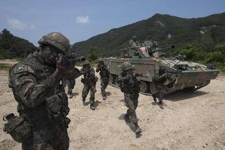 Militar norte-coreano deserta para Coreia do Sul
