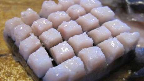 Iguaria natalina feita de gordura de baleia