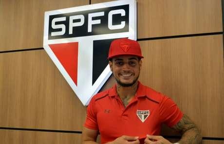 Destaque do Bahia, goleiro Jean assinou com o São Paulo por cinco temporadas (Érico Leonan/saopaulofc.net)