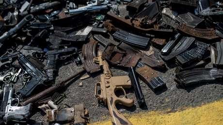 Nas favelas fluminenses, costuma-se dizer que as balas não são perdidas, são achadas - 'porque sempre acham alguém'