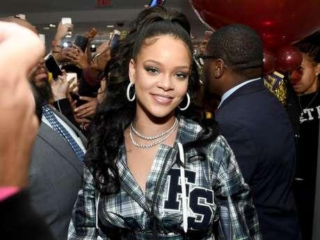 Rihanna pode lançar parceria com David Guetta e Sia em 2018!