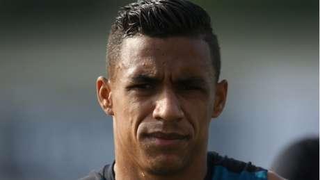 Arnaldo é do Botafogo até 2019 (Foto: Satiro Sodré/SSPress/Botafogo)
