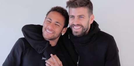 Neymar se encontrou com Piqué por entrevista ao site 'The Players' Tribune' (Foto: Reprodução / YouTube)