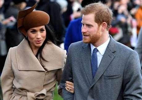 Harry, quinto na linha sucessória ao trono britânico, se casará com Meghan no dia 19 de maio