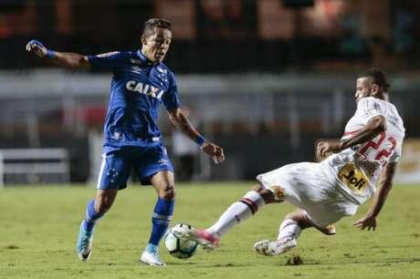 Vasco faz proposta e aguarda resposta do Cruzeiro por Rafinha
