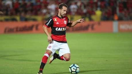 Meia chegou no meio da temporada (Foto: Gilvan de Souza/Flamengo)