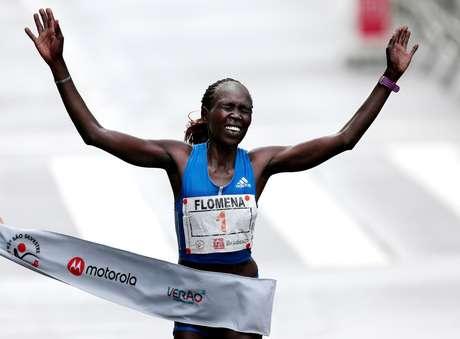 Flomena Cheyech venceu a prova com 50m18s