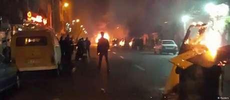 Onda de protestos no Irã começou semana passada