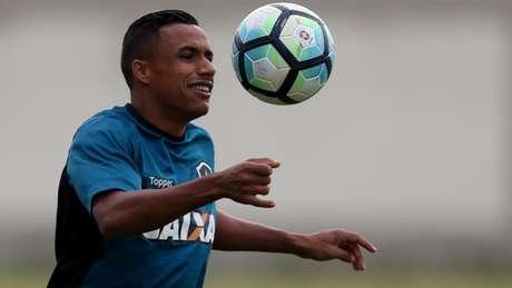 A vida de Arnaldo mudou radicalmente na última temporada. E ele quer mais (Vitor Silva/SSPress/Botafogo)