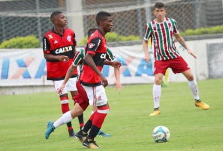 Lateral é um dos destaques do Flamengo na Copinha (Instagram)