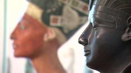 Hieróglifos em tumbas contam as histórias dos ricos e poderosos; nova técnica revela mais sobre a vida cotidiana