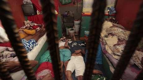 Com 727 mil presos, o Brasil é o terceiro país com a maior população carcerária do mundo. O primeiro é os Estados Unidos, seguido pela China. A Rússia vem em quarto | Fonte: CNJ