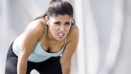 É importante detectar qual é o tipo de dor que você está sentindo, para evitar ter problemas mais sérios | Foto: Getty Images