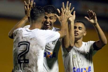 Santos venceu sua segunda partida na Copinha e garantiu vaga na próxima fase da competição (Foto: Pedro Ernesto)