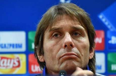 Mourinho alfineta Conte: 'Nunca fui suspenso por arranjo de resultados'