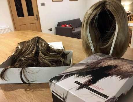 As perucas compradas por Appleby para esconder o cabelo ralo